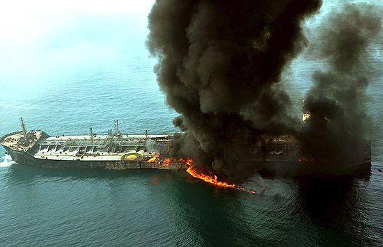 Pożar na morzu - zobacz zdjęcia