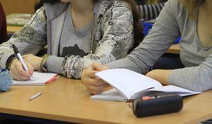RODO w szkole. Jak nie pogubić się w przepisach oraz co szkoła może wiedzieć o uczniach i rodzicach?