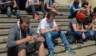 Zniesienie opłat za roaming. Parlament Europejski przegłosował zmianę stawek