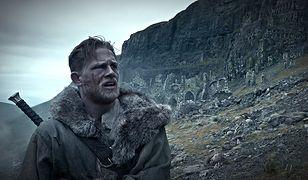 """Z dużej chmury mały deszcz. Recenzja filmu """"Król Artur: Legenda Miecza"""" na Blu-Ray 2D/3D"""