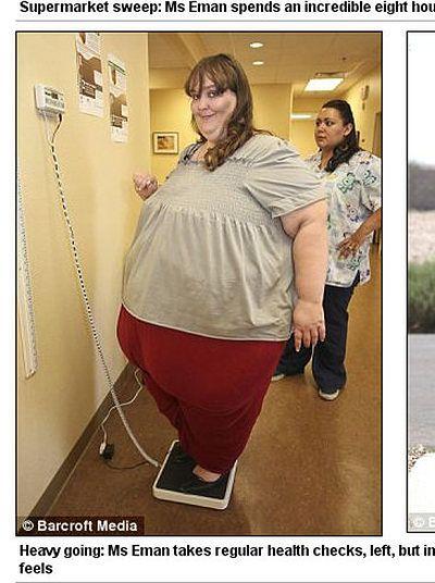 """Waży już 330kg, a nadal tyje! """"Chcę być najgrubsza na świecie"""""""