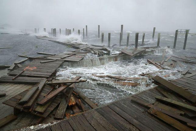 Rośnie liczba ofiar huraganu Florence. Nie żyje co najmniej 7 osób
