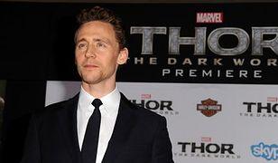 Dziwna sława Toma Hiddlestona
