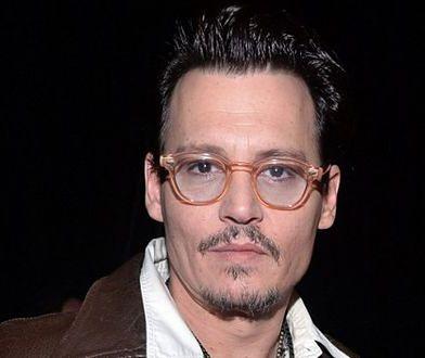 Johnny Depp boi się mediów