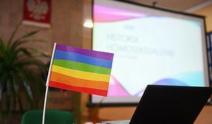 Toruń. Jedno z toruńskich liceów wysoko w rankingu szkół LGBTQ+