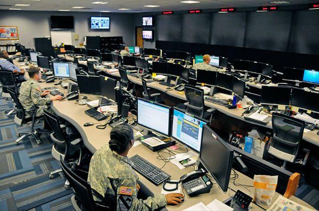 Cybernetyczna wojna USA-Chiny. Amerykańska strategia odstraszania chińskich hakerów nie działa