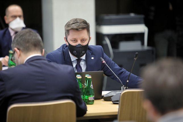 Michał Dworczyk o nierozbudzaniu zainteresowania szczepieniami. Co dokładnie padło?