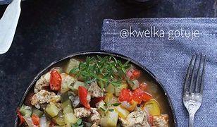Kurczak po kaszubsku z warzywami. Pysznie i zdrowo na talerzu