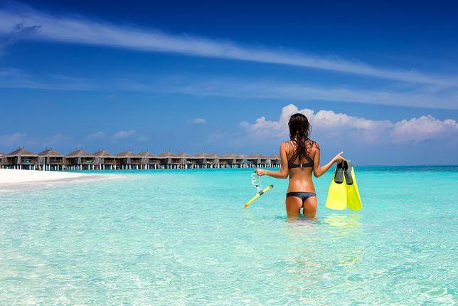Turyści proponują reklamę w sieci za darmowy nocleg w hotelu