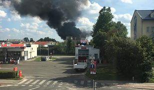 Mińsk Mazowiecki. Pożar składowiska z olejem napędowym. Spłonęły cztery samochody
