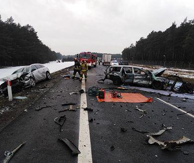 Wypadek na S10 pod Toruniem. Nie żyje jedna osoba