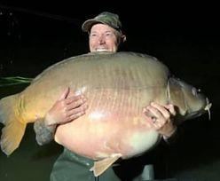 Wakacje na Węgrzech. Brytyjczyk złowił w jeziorze gigantyczną rybę