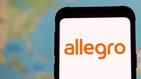 SMS-y o blokadzie konta Allegro są fałszywe – oszuści chcą wyłudzić dane karty płatniczej