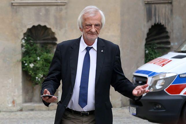 Ryszard Terlecki zapowiada pomoc dla emerytów.