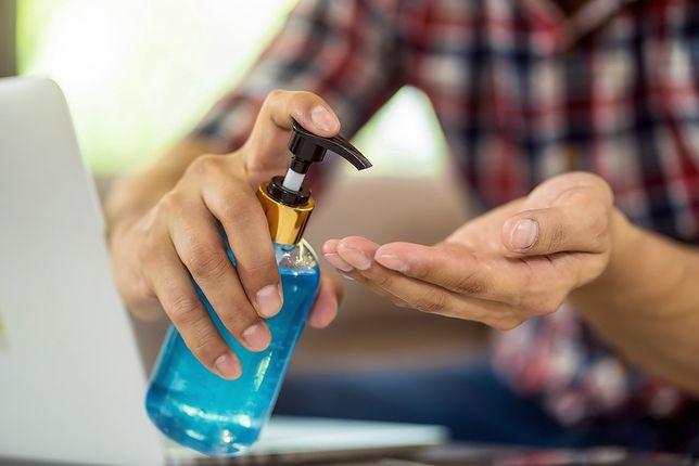 Dezynfekcja dłoni – dlaczego warto o niej pamiętać? Poznaj odpowiedź z Trisept MAX