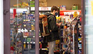 Podatek cukrowy. Kolejny dzień, kolejne podwyżki. Sklepy testują ceny i cierpliwość konsumentów