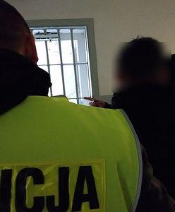 Recydywista z Malborka odpowie za kradzieże. Przed policją ukrywał się za koszem na strychu