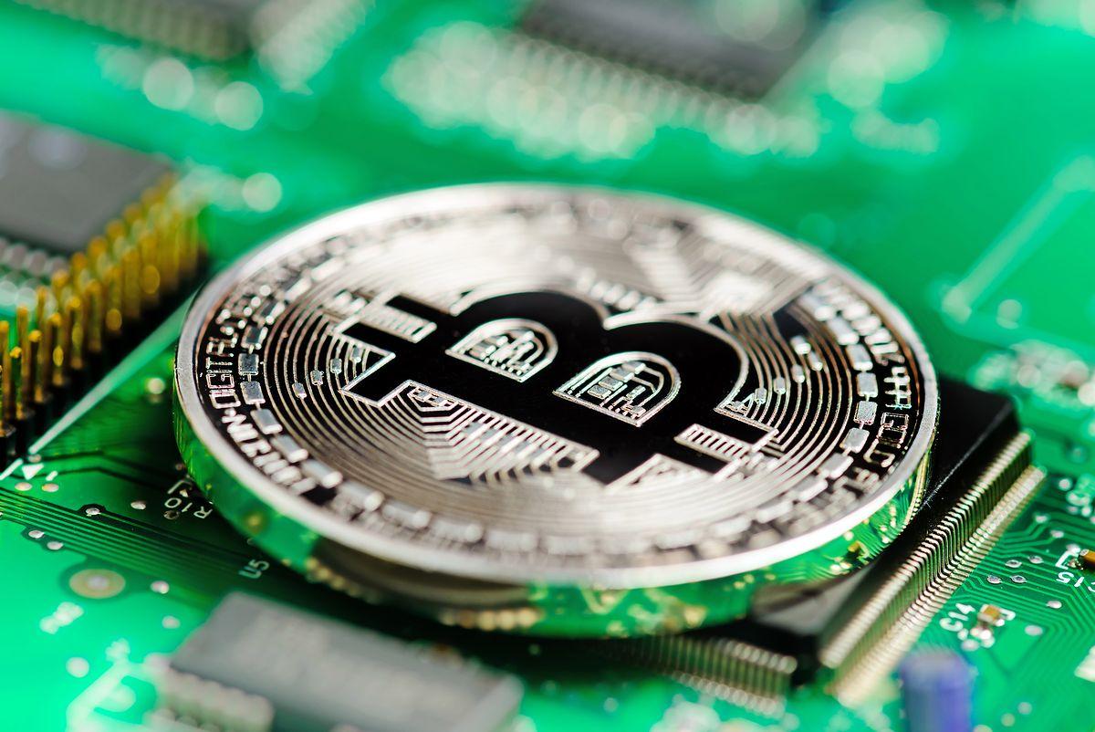 Trzecia giełda bitcoinów zaatakowana przez hakerów. Manipulacja kursem viacoina
