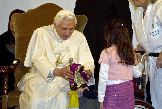 Ofiary księży pedofilów: niech papież nam pomoże