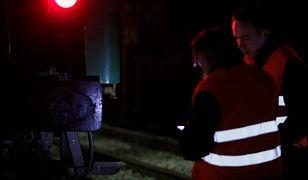 W Brodnicy pociąg towarowy zderzył się z samochodem osobowym