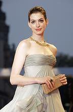 Anne Hathaway i Helena Bonham Carter w krainie czarów