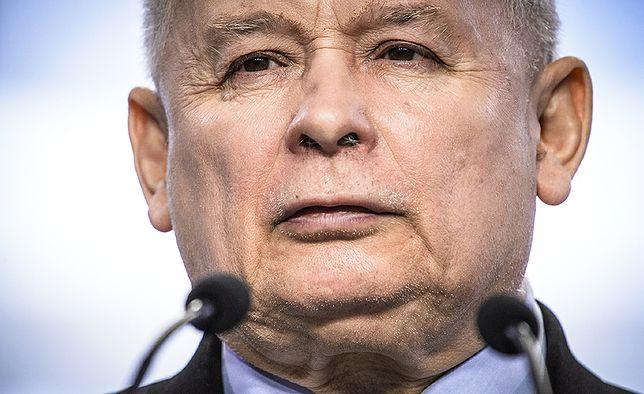 Jarosław Kaczyński na konwencji Zjednoczonej Prawicy sporo czasu poświęcił sondażom i nagrodom