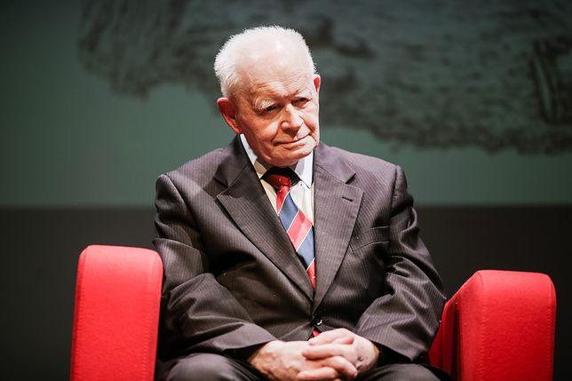 Prof. Strzembosz przypomniał, że prezydent powinien stać na straży konstytucji.