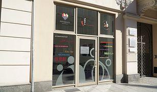 Katowice. Punkt informacyjny dla cudzoziemców. Pracownicy mówią w czterech językach