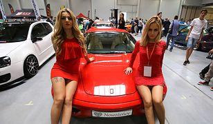 Rezygnacja największych graczy z modelek prezentujących auta jest dowodem na to, że akcja #MeToo wykroczyła daleko poza Hollywood.