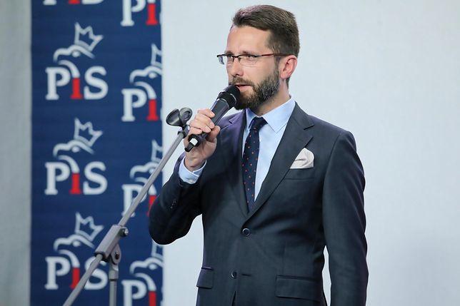 Wicerzecznik PiS Radosław Fogiel potwierdził, że Mateusz Morawiecki zostanie chwilowo ministrem sportu