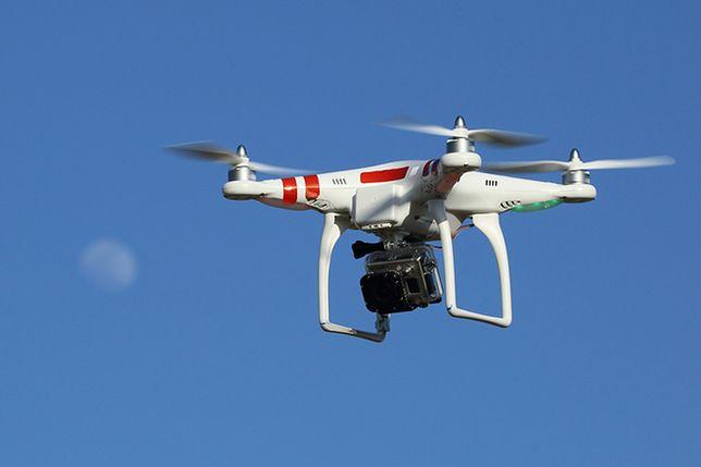 Alaska zakazuje polowań z dronami