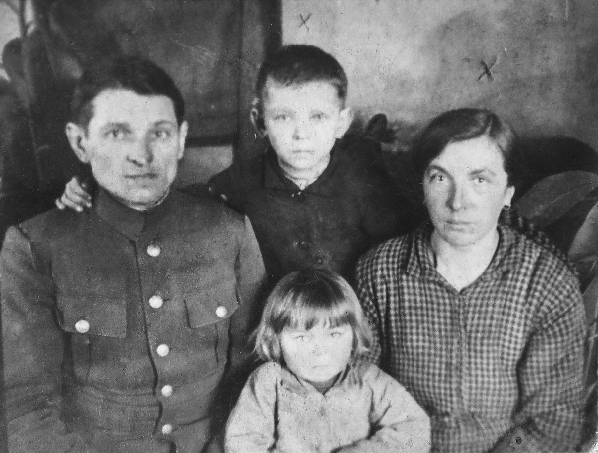 Dzieci Wołynia. Co działo się z sierotami po zamordowanych Polakach?