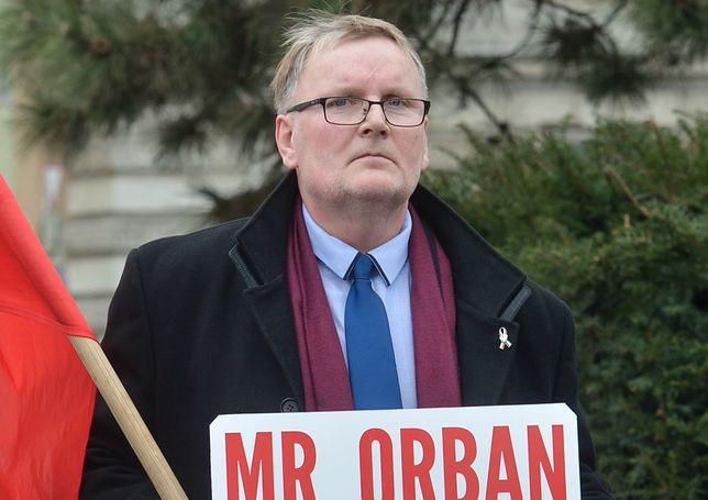 Żona oskarżyła senatora PiS o przemoc. Co na to partia? Czeka, aż sprawa przycichnie