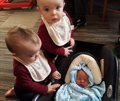 Arthur razem ze swoimi siostrami