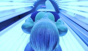 Opalanie w solarium przyśpiesza procesy starzenia się skóry, a także zwiększa ryzyko zachorowania na nowotwór skóry.
