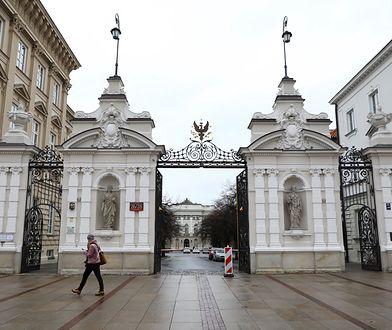 Uniwersytet Warszawski wydłuża rok akademicki. Koniec zajęć dopiero w sierpniu
