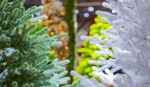 Sztuczna choinka może być piękna! Co mamy do wyboru oprócz tradycyjnych drzewek?
