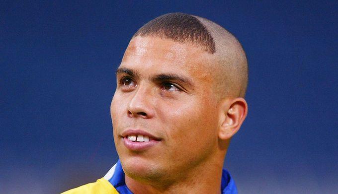 8ff1cf6e6 Pamiętasz śmieszną fryzurę Ronaldo? Brazylijczyk zdradził, dlaczego ...
