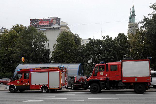 Warszawa. Trzy stacje metra ewakuowane