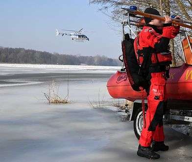 Jan Lityński ratował psa. Poszukiwania pod Pułtuskiem. Podwodny dron w Narwi