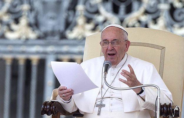 Papież dzwonił, ale jego rozmówca myślał, że to żart i rozłączał się