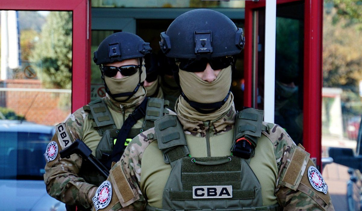 CBA. Agenci weszli do ratusza w Zachodniopomorskiem. Chodzi o przekroczenie uprawnień