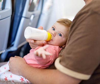 Dzieci w samolocie dla wielu są udręką