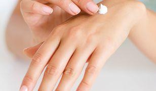 Przesuszone dłonie – jak skutecznie poradzić sobie z suchą skórą dłoni?