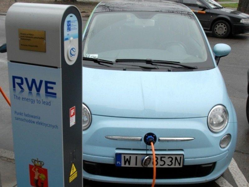 W Warszawie powstanie samochodowe Veturilo? Zdecydują radni