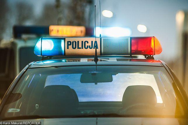 Policja zatrzymała trzy osoby