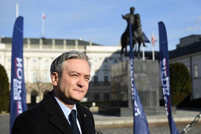 Wybory prezydenckie 2020. Robert Biedroń krytykuje rząd PiS ws. budżetu UE