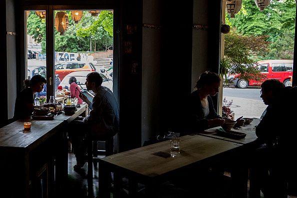 Niemcy. Koronawirus w restauracji. 50 osób w kwarantannie