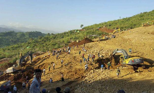 Tragedia w Birmie. Gigantyczne osuwisko pogrzebało ponad 200 osób