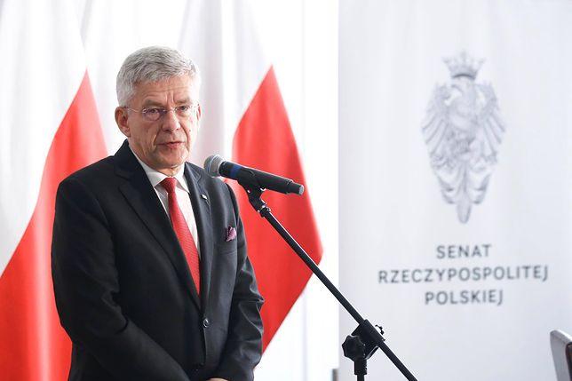 Marszałek Senatu Stanisław Karczewski przeszarżował z chwaleniem się zrealizowanymi obietnicami PiS.